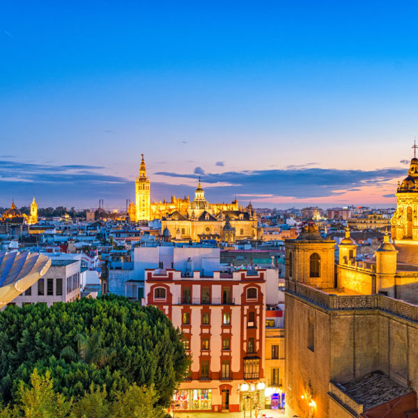 Meeting and event planning services in Spain